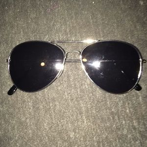 Black Aviator Glasses